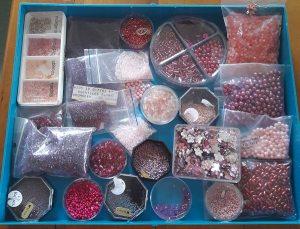 Perlenbox rot/rosa