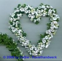 Myrthenherz mit Blumen