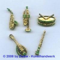 Saxophon, 35mm lang mit grün, 1 Stück