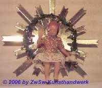 Segnendes Jesuskind mit Augen aus Glas; Ø 10cm