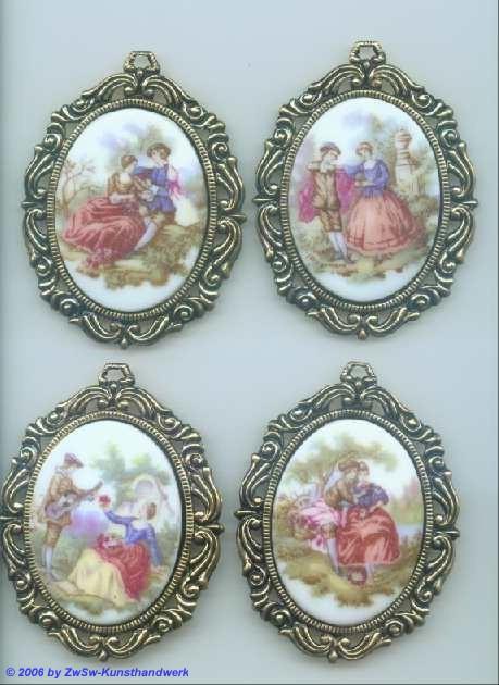Bilderstein Schönheitsgalerie mit Rahmen altgold 1
