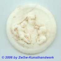Medaillon: Maria, Jesus und Johannes; Ø 5,5cm