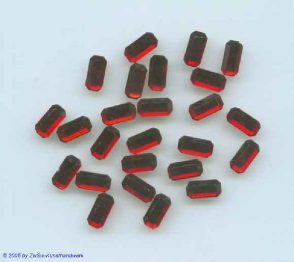 Strass/Stäbchenform 1 Stück (rubin), 8mm x 4mm